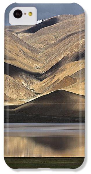 Golden Light Tso Moriri, Karzok, 2006 IPhone 5c Case by Hitendra SINKAR
