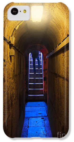Dungeon iPhone 5c Case - Tunnel Exit by Carlos Caetano