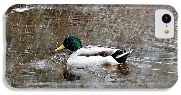 IPhone 5c Case featuring the photograph Un Froid De Canard by Marc Philippe Joly