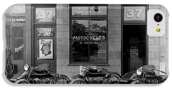 Vintage Motorcycle Dealership IPhone 5c Case