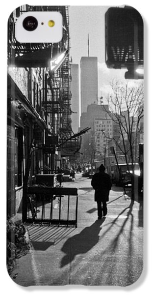 Walk Manhattan 1980s IPhone 5c Case by Gary Eason