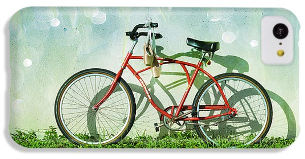 Bicycle iPhone 5c Case - Weekender Special by Laura Fasulo