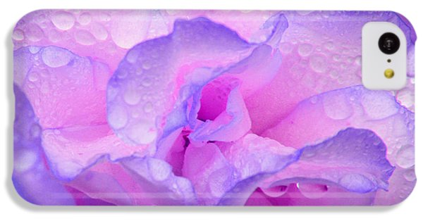 IPhone 5c Case featuring the photograph Wet Rose In Pink And Violet by Nareeta Martin