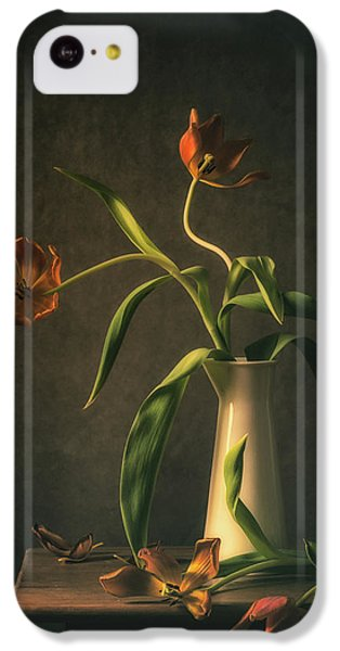 Tulip iPhone 5c Case - Wilted Tulips by Monique Van Velzen