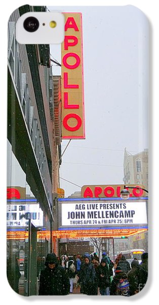 Apollo Theater iPhone 5c Case - Wintry Day At The Apollo by Ed Weidman