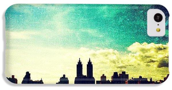 Amazing iPhone 5c Case - A Paintbrush Sky Over Nyc by Luke Kingma