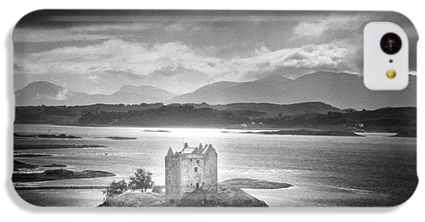 Dungeon iPhone 5c Case - Castle Stalker by Simon Marsden