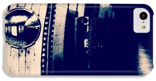 #london #londonpop #underground #bnw IPhone 5c Case