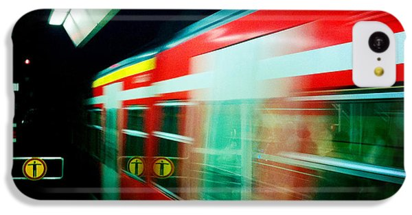 London iPhone 5c Case - Red Train Blurred by Matthias Hauser