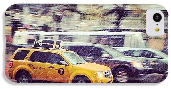 City iPhone 5c Case - Snow In Nyc by Randy Lemoine
