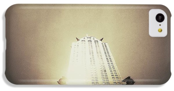 City iPhone 5c Case - The Chrysler Building - New York City by Vivienne Gucwa