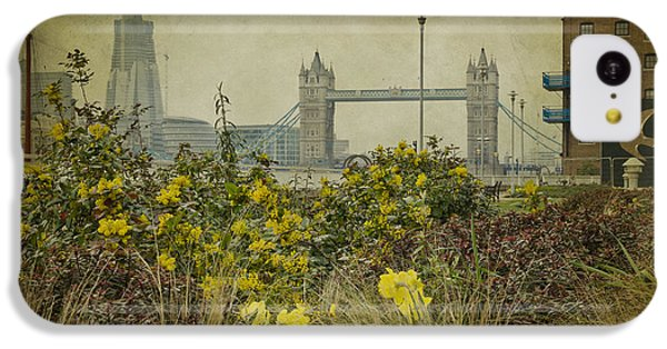 Tower Bridge In Springtime. IPhone 5c Case by Clare Bambers