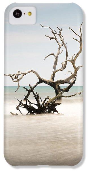 Bull iPhone 5c Case - Bulls Island C-vi by Ivo Kerssemakers