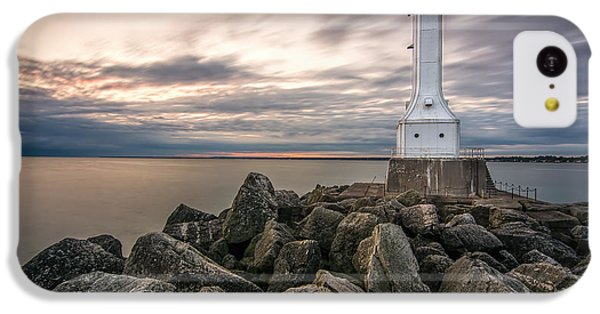 Huron Harbor Lighthouse IPhone 5c Case by James Dean