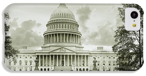 Whitehouse iPhone 5c Case - The Presidents Club by Jon Neidert