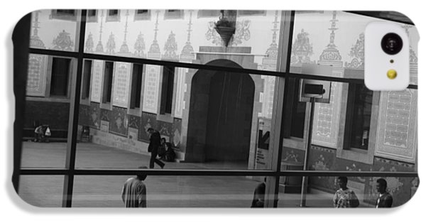 iPhone 5c Case - Barcelona by Bike Flower