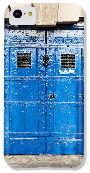 Dungeon iPhone 5c Case - Old Blue Door by Tom Gowanlock