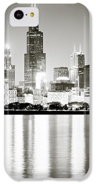 Lake Michigan iPhone 5c Case - Chicago Skyline At Night by Paul Velgos