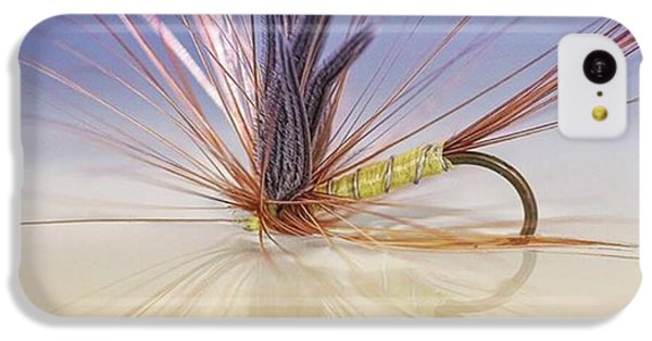 iPhone 5c Case - A Trout Fly (greenwell's Glory) by John Edwards