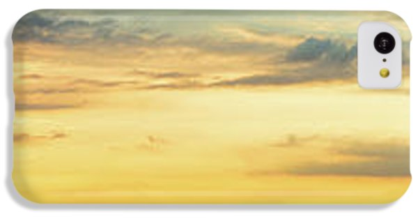IPhone 5c Case featuring the photograph Abundance Of Atmosphere by Bill Pevlor