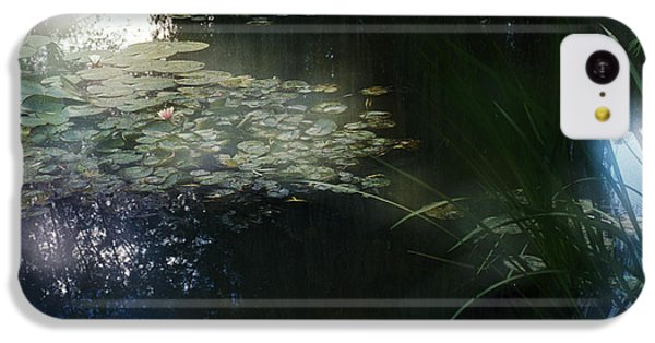 IPhone 5c Case featuring the photograph At Claude Monet's Water Garden 3 by Dubi Roman