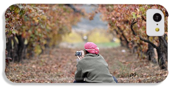 IPhone 5c Case featuring the photograph Autumn At Lachish Vineyards 1 by Dubi Roman