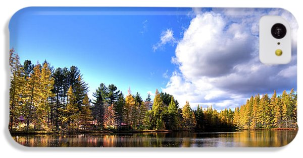 IPhone 5c Case featuring the photograph Autumn Calm At Woodcraft Camp by David Patterson