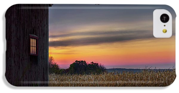 IPhone 5c Case featuring the photograph Autumn Glow by Bill Wakeley