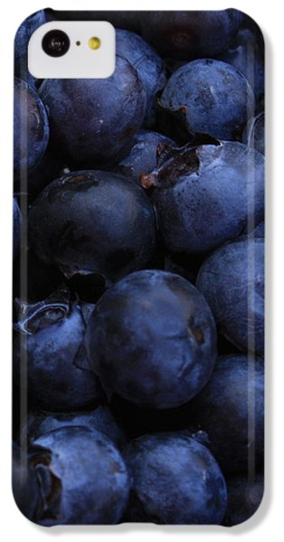 Blueberries Close-up - Vertical IPhone 5c Case by Carol Groenen