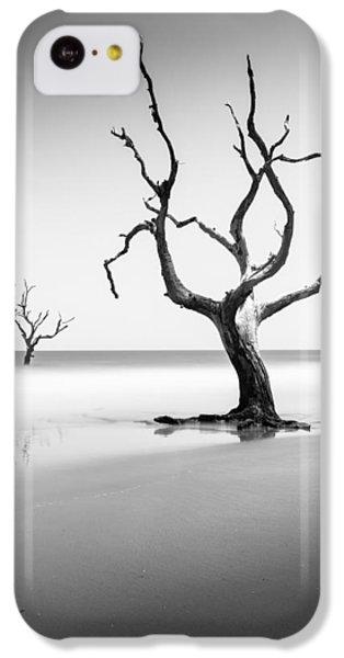 Bull iPhone 5c Case - Boneyard Beach Xiii by Ivo Kerssemakers