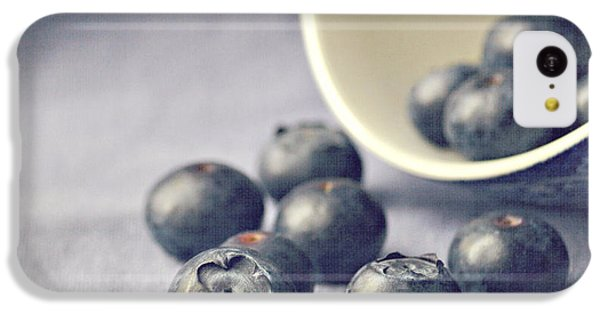 Fruit Bowl iPhone 5c Case - Bowl Of Blueberries by Lyn Randle