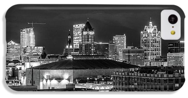 IPhone 5c Case featuring the photograph Brew City At Night by Randy Scherkenbach