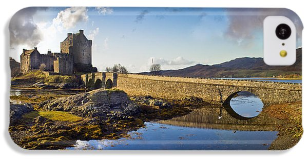 Bridge To Eilean Donan IPhone 5c Case by Gary Eason