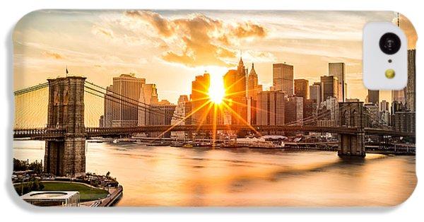 Brooklyn Bridge iPhone 5c Case - Brooklyn Bridge And The Lower Manhattan Skyline At Sunset by Mihai Andritoiu