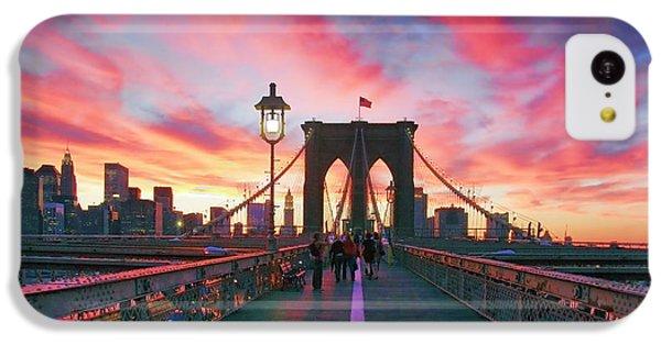 Landscapes iPhone 5c Case - Brooklyn Sunset by Rick Berk