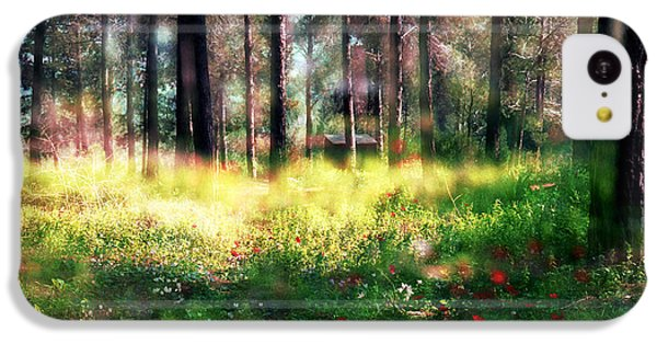 IPhone 5c Case featuring the photograph Cabin In The Woods In Menashe Forest by Dubi Roman