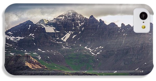 IPhone 5c Case featuring the photograph Castle Peak by Aaron Spong