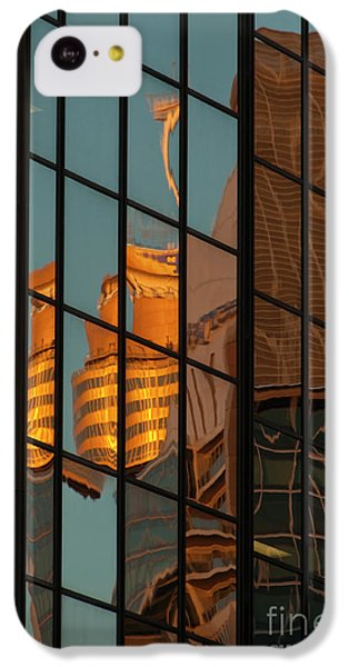 Centrepoint Hiding IPhone 5c Case by Werner Padarin