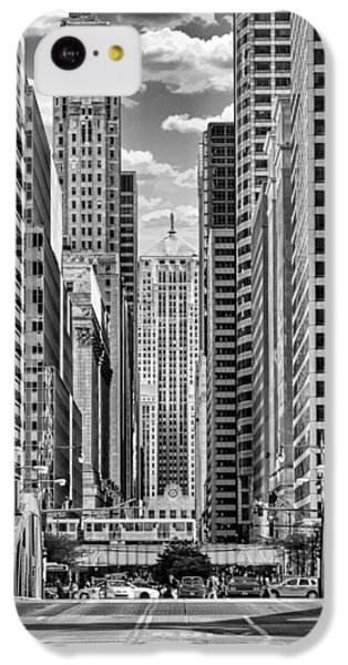 IPhone 5c Case featuring the photograph Chicago Lasalle Street Black And White by Christopher Arndt