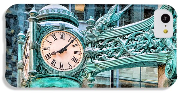 IPhone 5c Case featuring the painting Chicago Marshall Field State Street Clock by Christopher Arndt