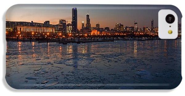 Chicago Skyline At Dusk IPhone 5c Case by Sven Brogren