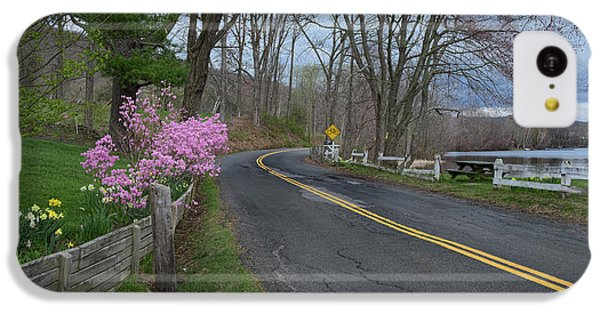 IPhone 5c Case featuring the photograph Connecticut Country Road by Bill Wakeley