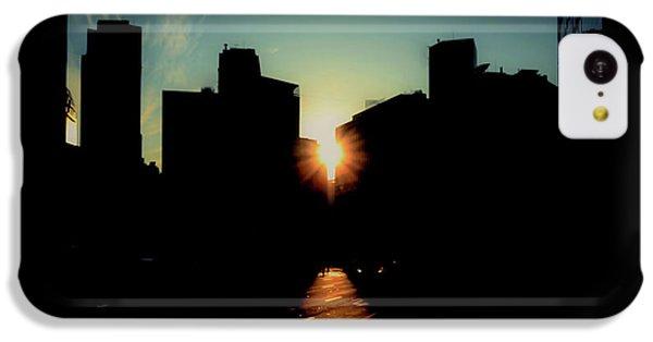 City Sunset iPhone 5c Case - Deep Shadow by Hyuntae Kim