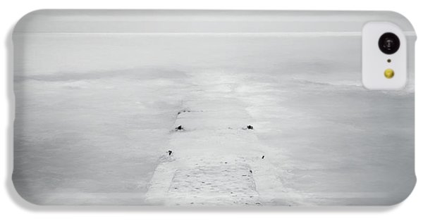 Lake Michigan iPhone 5c Case - Destitute Of Hope by Scott Norris