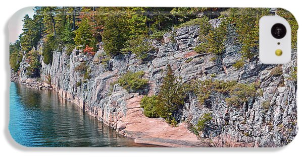 Fall In Muskoka IPhone 5c Case by Claire Bull
