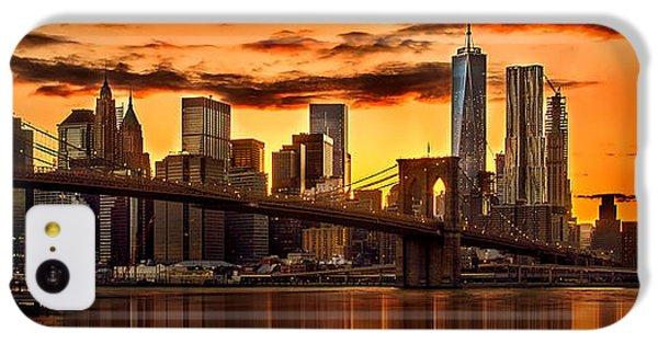 Fiery Sunset Over Manhattan  IPhone 5c Case