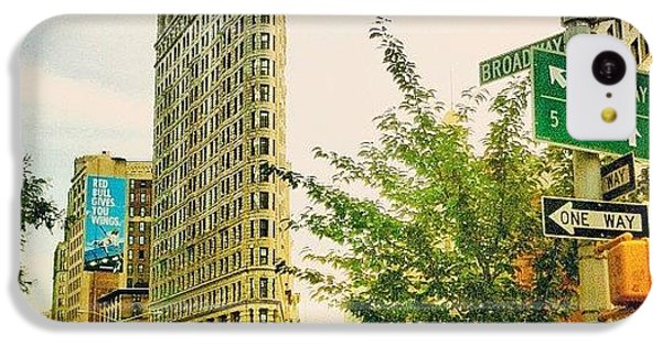 Flatiron IPhone 5c Case by Luke Kingma