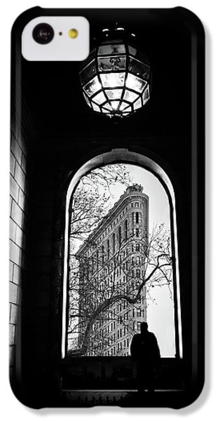 IPhone 5c Case featuring the photograph Flatiron Perspective by Jessica Jenney