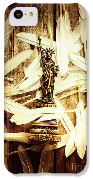 Dove iPhone 5c Case - Freedom And Independence by Jorgo Photography - Wall Art Gallery