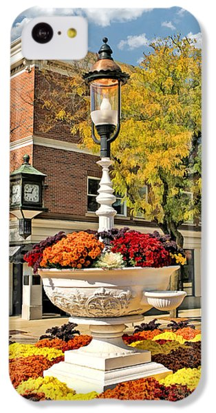 IPhone 5c Case featuring the painting Glen Ellyn Watering Trough by Christopher Arndt